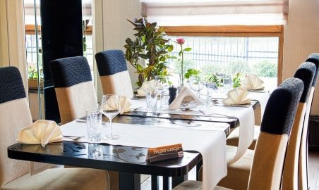Sale weselne - Restauracja Tamarynd - 570f526eda857restauracja_stol.jpg - SalaDlaCiebie.pl