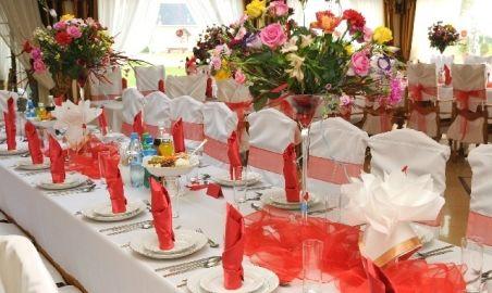 Sale weselne - Ośrodek Wczasowy Rewa - 5767d1f3bb660kwiatyweselestol.jpg - SalaDlaCiebie.pl