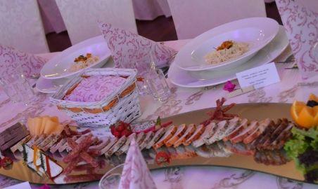 Sale weselne - Podano Catering  - 58eb65315935414568087_856518534449728_755951022889534258_n.jpg - SalaDlaCiebie.pl