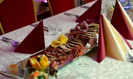 Sale weselne - Podano Catering  - 5ae643599df4cdsc_04991024x681.jpg - www.SalaDlaCiebie.com