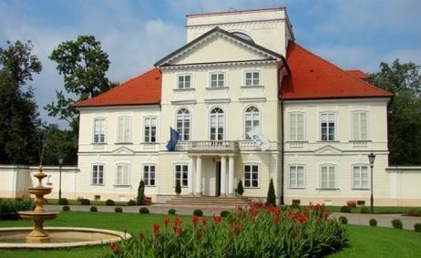 Sale weselne - Pałac w Zaborówku - 59e4d8ac1867f900x700_false_58dbd8f9e57c4strona_g02.jpg - SalaDlaCiebie.com