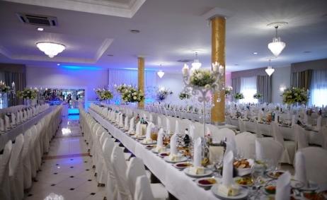 Sale weselne - Dom Weselny Nowy Pilczyn - 5c0459edc630120130831_amanda_i_kamil_1061.jpg - www.SalaDlaCiebie.com
