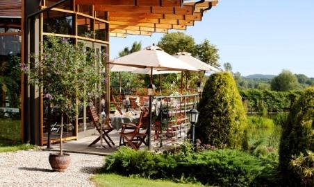 Sale weselne - Hotel Pałac Czarny Las - 5b190fc1ee021201311291325570pcl_restauracja_taras_2.jpg - www.SalaDlaCiebie.com