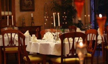 Sale weselne - Zamek na Skale - 5437eb1133169romantyczna_restauracja.jpg - SalaDlaCiebie.pl